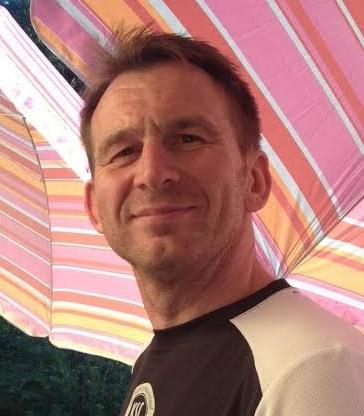 Dr. Uwe Schneider